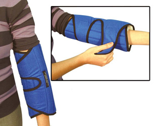 This elbow immobilizer helps prevent harmful arm positions while sleeping.