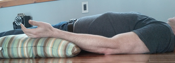 elbow stretching for gradual straightening