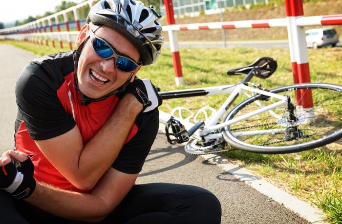 biker with immense shoulder pain